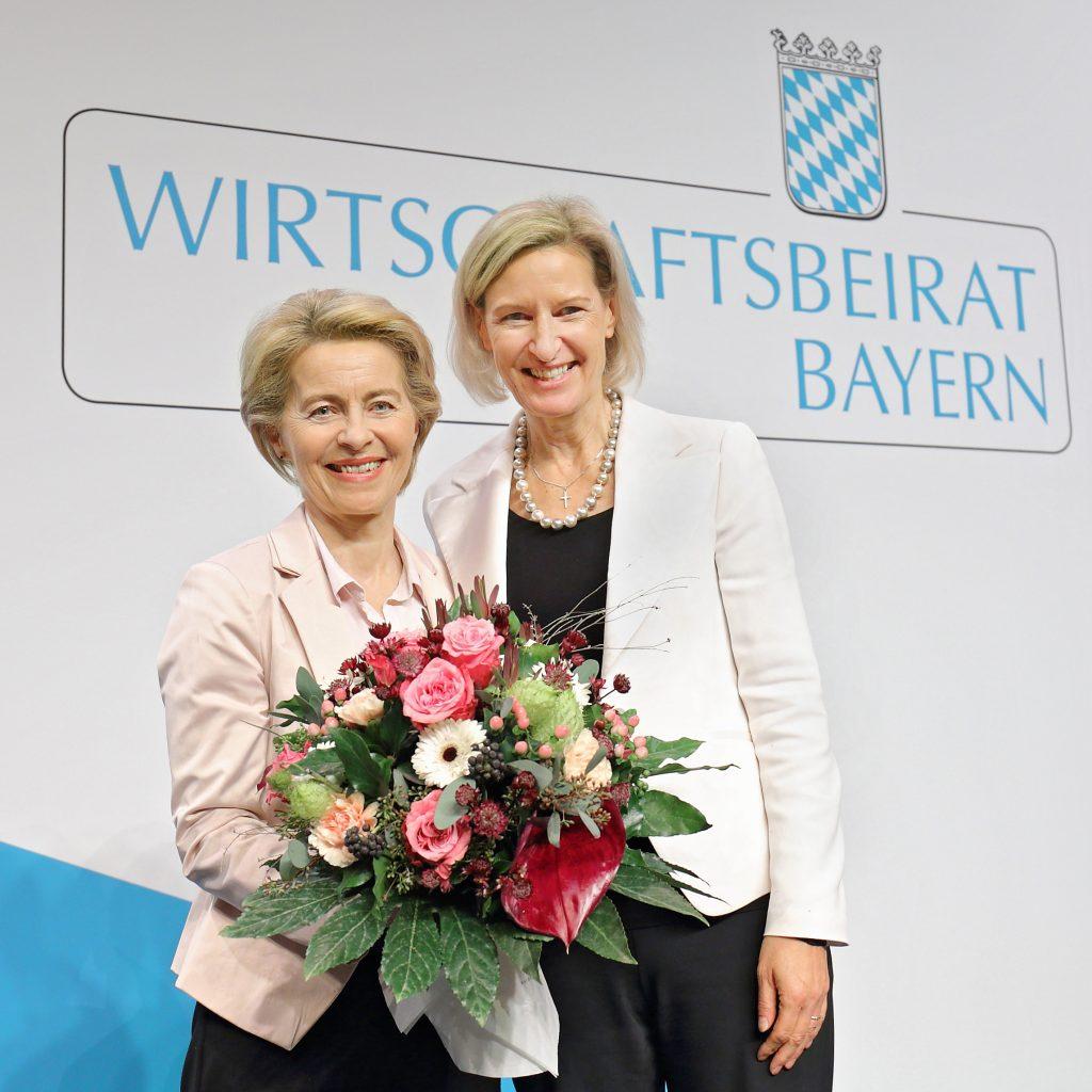 Ursula von der Leyen und Angelika Niebler bei der Generalversammlung des Wirtschaftsbeirats Bayern, fotografische Begleitung von Stefan Obermeier Fotografie