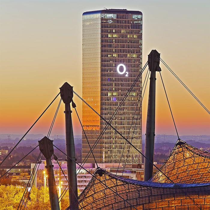 Moderne Architektur ins Bild gesetzt von Stefan Obermeier Fotografie, Architekturfotografie mit Architektur verschiedener Epochen, Photographie mit Atmosphäre
