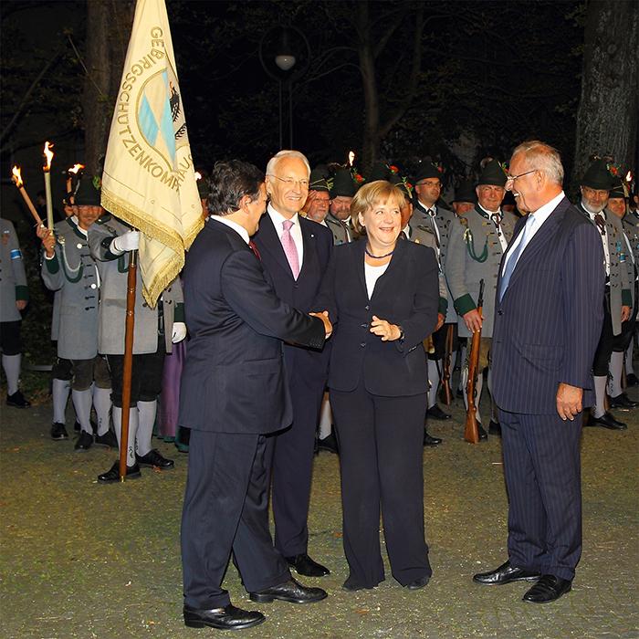 Politikfotografie auf einer Veranstaltung mit Spitzenvertretern aus Politik und Wirtschaft, Pressefotografie mit Edmund Stoiber, Angela Merkel, José Manuel Barroso, Randolf Rodenstock, Fotos von Stefan Obermeier Fotografie