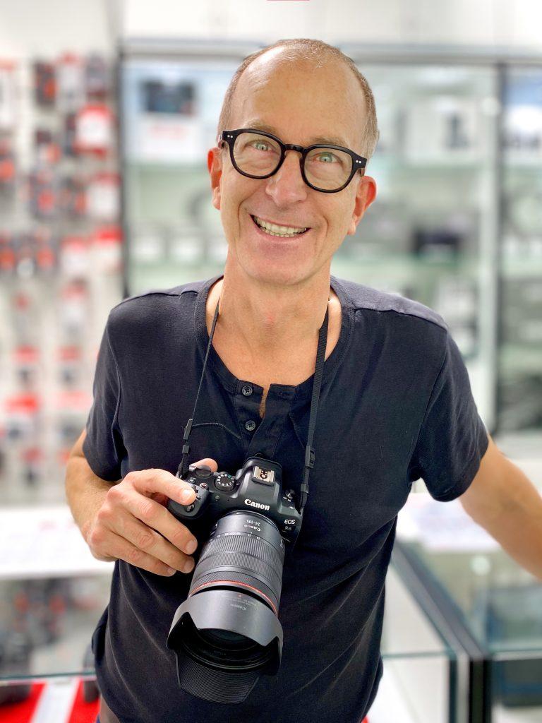 Stefan Obermeier bei Foto Dinkel, lautlose Fotografie bei Events und Konferenzen
